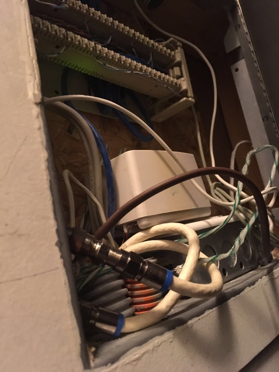 Solved Ethernet Wall Jacks Question Rogers Community Cable Pins And Wires Labelled For Power Over
